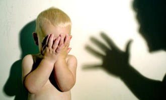 Violência contra menores deve ser notificada imediatamente