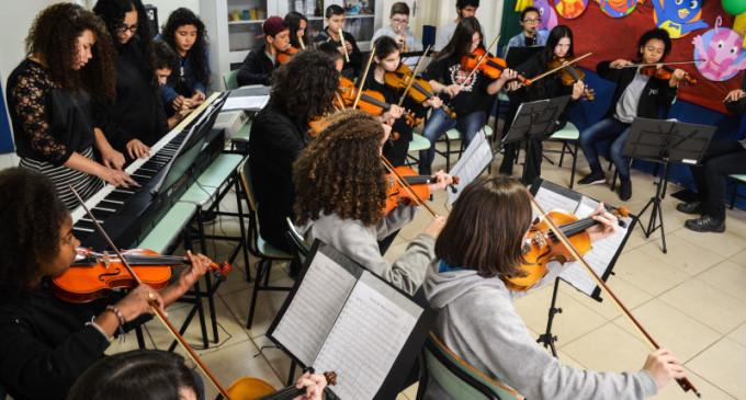 CRIANÇAS E JOVENS : Orquestra Estudantil Municipal está com trinta vagas abertas