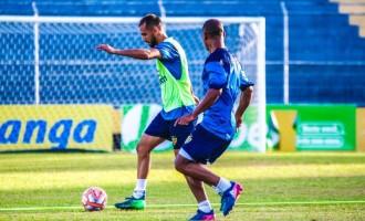 Lobo precisa tirar invencibilidade do Grêmio para assegurar classificação