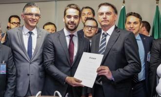 Bolsonaro garante R$ 130 milhões para duplicação da BR-116
