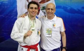 KARATÊ : Jovem apoiado pelo  ProEsporte conquista medalha de ouro