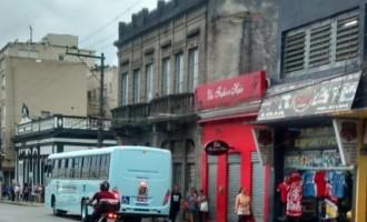 TERMINAL DO CAPÃO DO LEÃO  : Usuários dos ônibus reclamam da completa falta de estrutura