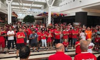 'Sábado Solidário Colorado' anima torcedores do Inter em Rio Grande