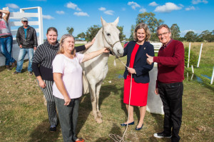 Ação foi acompanhada pela prefeita Paula Mascarenhas, que pediu aos novos proprietários que cuidem bem dos animais