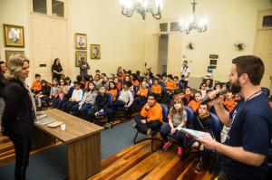 Estudantes do 4º ano visitaram a gestora para conversar sobre saúde pública, dentro de um projeto escolar