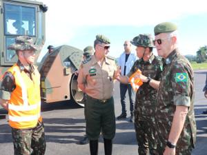 Comandante Pujol esteve vistoriando as obras da BR-116 no Rio Grande do Sul