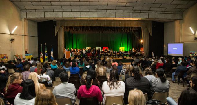 CULTURA DA PAZ : Município realiza Fórum com educadores e especialistas