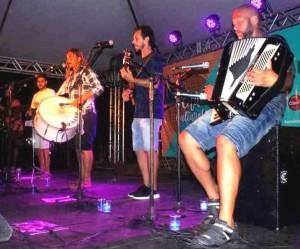 "Grupo riograndino tocará no ""Sofá na Rua"""