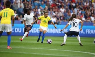 COPA DO MUNDO  : Em jogo histórico, Brasil luta, mas perde para França na prorrogação