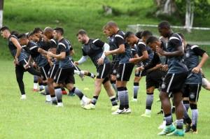 Operário treina diariamente para encarar o Xavante Foto: Divulgação / Operário FEC