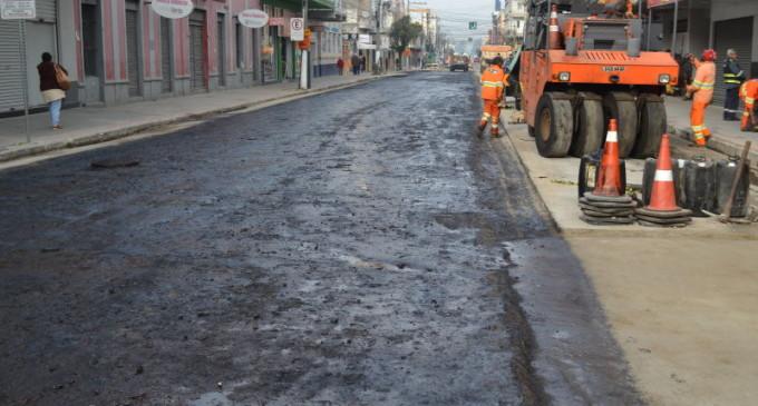 MARECHAL DEODORO : Inicia o asfaltamento do trecho 3