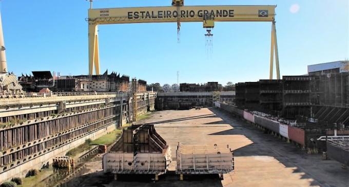 RIO GRANDE : Estruturas metálicas remanescentes  da P-71 são arrematadas em leilão