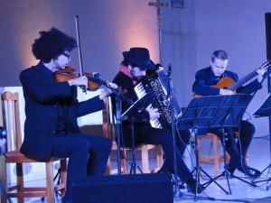 Fernando Ávila trio