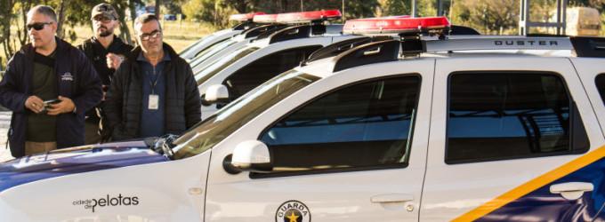 Guarda Municipal recebe viaturas e armas