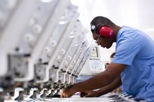 SONDAGEM da FIERGS revela, porém, queda no emprego   e expectativa pessimista para as exportações