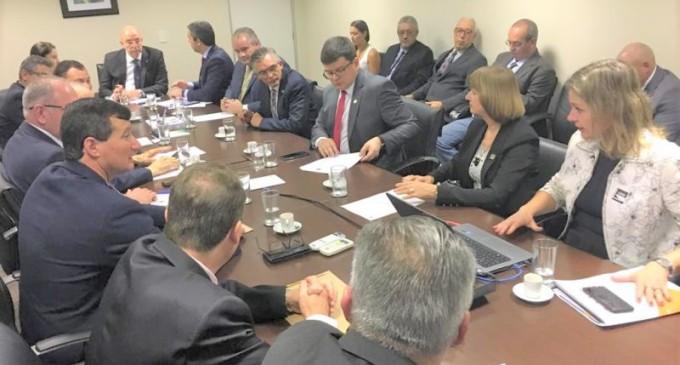 ZONA SUL  : Prefeita trata de demandas com ministro Osmar Terra