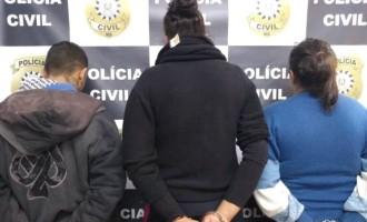 FLAGRANTE : Prisão de trio que roubou malote, celulares e veículos