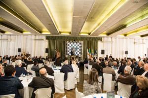 SALÃO do Clube Brilhante ficou completamente lotado, ontem, durante palestra de Eduardo Leite