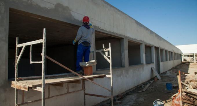 Prosseguem as obras da nova escola do Sítio Floresta