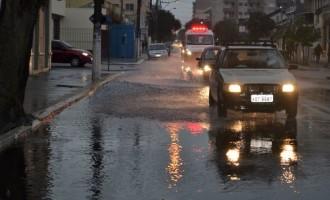 Tempestades e alagamentos retornam quinta-feira à metade sul do RS, indica Boletim Meteorológico da UFPel.