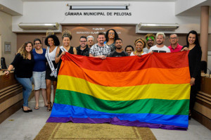 DECISÃO foi tomada em reunião pública promovida pela Câmara Municipal