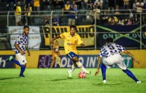 Juliano deu assistência para o gol de Gabriel. Foto:Tales Leal