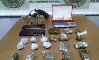 FLAGRANTES :  Brigada realiza prisões por tráfico de drogas