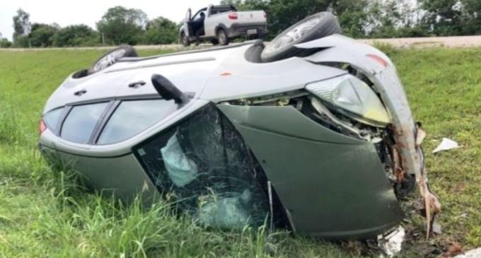 Casal ferido em acidente na BR 116