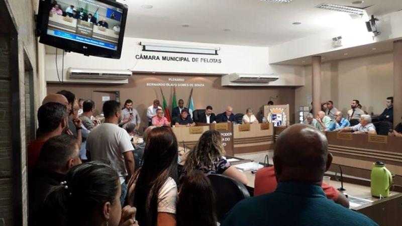 Após mais de 6 horas de sessão, eleição aconteceu na noite da segunda-feira, dia 30. Foto: Marrone Silva