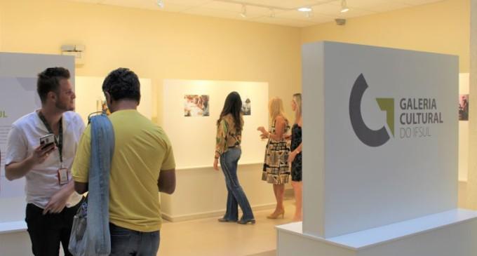 IFSUL : Inaugurada galeria com exposição sobre a diversidade cultural