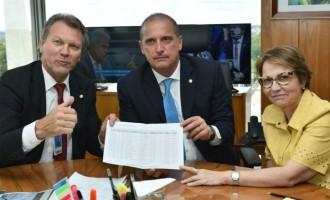 VENDAVAIS  : Governo empenha R$ 10 milhões para atender os municípios atingidos