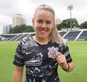 Andressinha, contratada pelo Corinthians