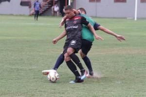 NATHAN esteve em campo diante do Zequinha nesta quarta-feira FOTO: João Antonio Ferreira/Especial DM