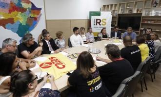 Governo recebe comitiva do Cpers para discutir demandas dos grevistas