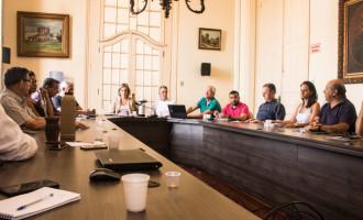 CIDADE : Prefeita e secretários discutem prioridades