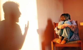 233 casos de violência física ou psicológica contra crianças e adolescentes são notificados todos os dias