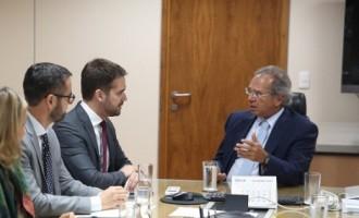 Eduardo tem encontro com Paulo Guedes em Brasília