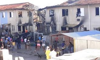 Incêndio destrói sete apartamentos