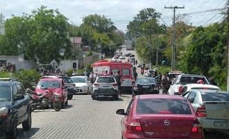 TENTATIVA DE HOMICÍDIO  : Homem é baleado por bombeiro quando discutia com a esposa
