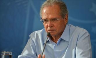 """Governo vai manter teto de gastos"" diz Paulo Guedes"