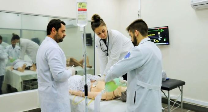 Simlab/UCPel fará treinamento para médicos do Centro de Atendimento a Síndromes Gripais