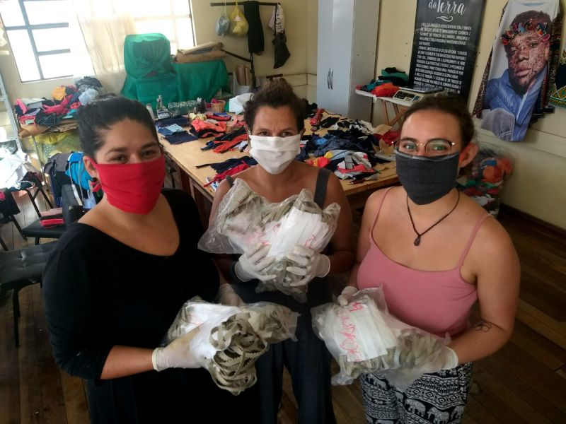 A CADA kit de máscara vendido pelo grupo, outro será doado para comunidades periféricas