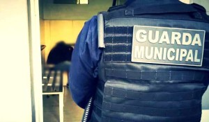 Assaltante preso pela GM havia sido contido por populares na zona norte