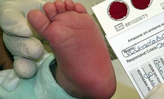 Teste do pezinho previne seis tipos de doenças em recém-nascidos