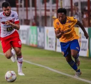 Meio-campista quer Pelotas lutando ainda pelas semifinais do Estadual