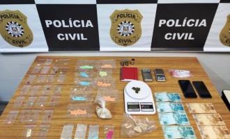 FLAGRANTE  : Polícia Civil e PRF prendem  Casal com drogas sintéticas