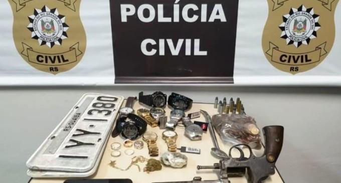 POLÍCIA CIVIL  : Trio é preso pela DRACO  com veículo roubado