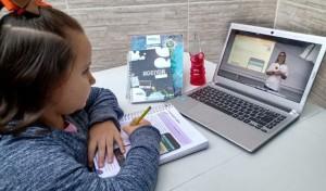 ATIVIDADES online mantém o vínculo dos alunos com as escolas durante a pandemia