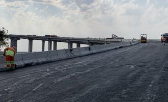 DNIT inicia aplicação de asfalto na Nova Ponte do Guaíba/RS
