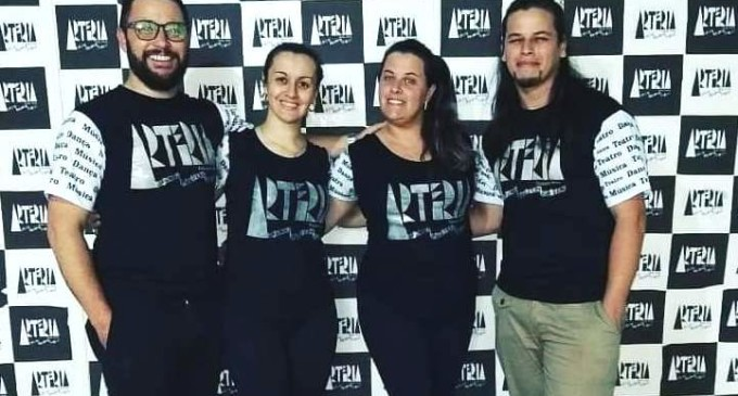 """ARTERIA : Passos de dança pela casa  numa """"live"""" participativa"""